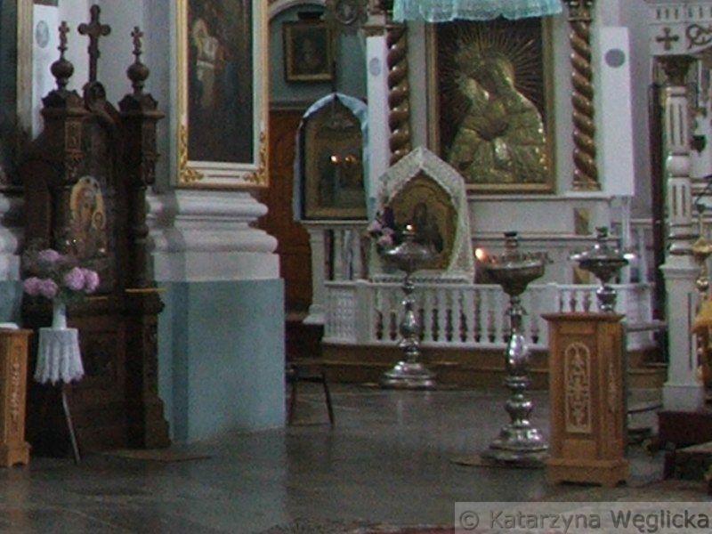 """Głębokie – kościół Wniebowzięcia Najświętszej Marii Panny, (od 1945 roku sobór Narodzenia Bogurodzicy), w XVII wieku był miejscem kultu obrazu Matki Bożej Szkaplerznej, a w kolejnym figury Chrystusa Cierpiącego, która w cudowny sposób """"pociła się"""""""